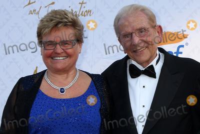 Alfred Mann Photo - Rika Mann Alfred Mannat the 10th Alfred Mann Foundation Gala Robinson-May Lot Beverly Hills CA 10-13-13