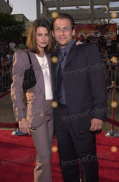 Ryan Haddon Photo -  Christian Slater and wife Ryan Haddon at the premiere of Paramount Pictures MISSION IMPOSSIBLE 2 in Hollywood 05-18-00