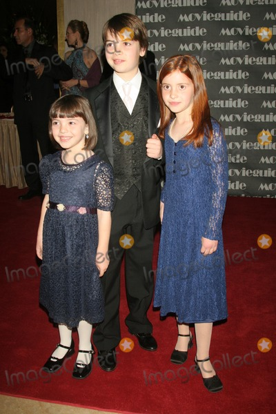 Alexander Gould Photo - Alexander Gould and familyat the 14th Annual MOVIEGUIDE Faith and Values Awards Gala Beverly Hilton Hotel Beverly Hills CA 03-02-06