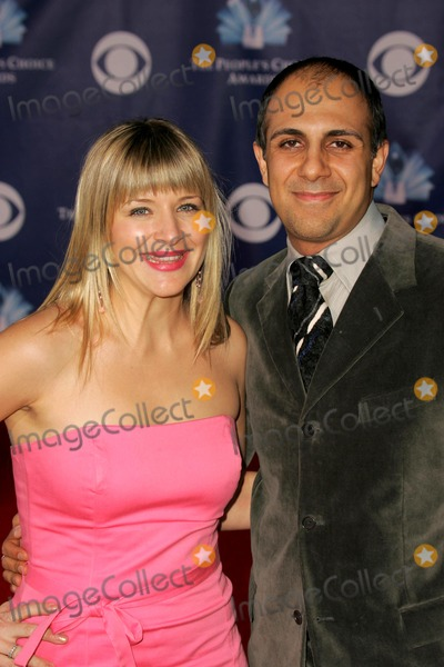 Anthony Azizi Photo - Cymbeline Smith and Anthony Aziziat The 32nd Annual Peoples Choice Awards Shrine Auditorium Los Angeles CA 01-10-06
