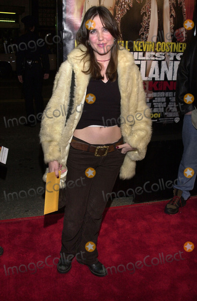 Amanda Foreman Photo - Amanda Foreman at the premiere of Warner Brothers 3000 Miles To Graceland at the Chinese Theater Hollywood 02-20-01