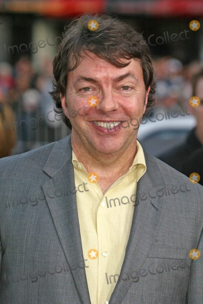 Alan Ball Photo - Alan Ballat the Los Angeles Premiere of Six Feet Under Graumans Chinese Theater Hollywood CA 05-17-05