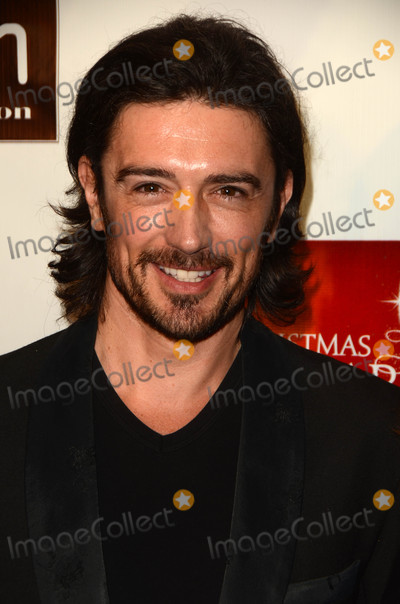 Adam Croasdell Photo - Adam Croasdellat A Christmas Star Premiere TCL Chinese 6 Hollywood CA 12-10-15