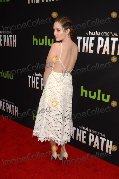 Amy Forsyth Photo - Amy Forsythat Hulus The Path  Premiere Arclight Hollywood CA 03-21-16