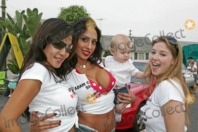 Sunny Lane Photo - Katherine Thom and Sunny Lane with friendat Adam Carollas Charity Car Wash sponsored by 971 Free FM to benefit Talk About Curing Autism Cooks Corner Car Wash Hollywood CA 08-25-06
