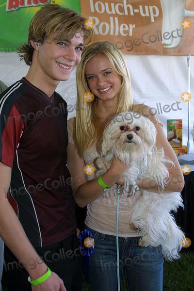 Alex Black Photo - Alex Black and Sara Paxtonat the Nuts For Mutts Dog Show Pierce College Woodland Hills CA 04-30-06