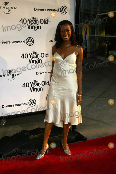 Erica Vittina Phillips Photo - Erica Vittina Phillips at the World Premiere of the 40 Year-Old Virgin Arclight Hollywood Hollywood CA 08-11-05