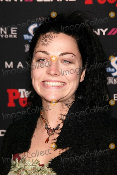 Amy Lee Photo - Amy Lee of Evanescence at the Teen People 2003 Artist Of The Year and AMA After-Party Avalon Hollywood CA 11-16-03