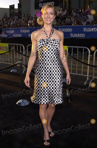 Mia Cottet Photo - Mia Cottet at the premiere of Dreamworks The Tuxedo at Graumans Chinese Theater Hollywood 09-19-02