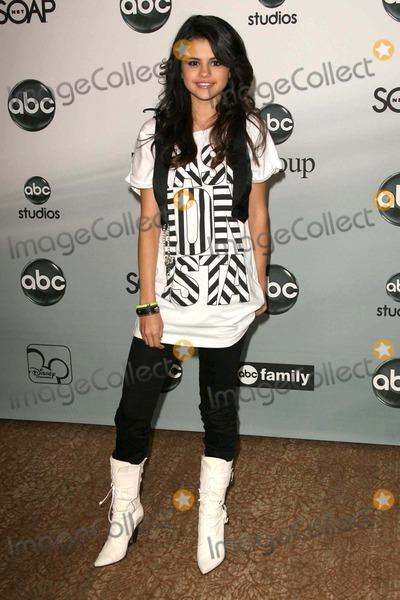 Selena Gomez Photo - Selena Gomezat the 2007 ABC All Star Party Beverly Hilton Hotel Beverly Hills CA 07-26-07