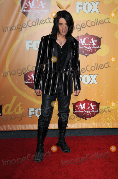 Chris Angel Photo - Chris Angelat the 2010 American Country Awards Arrivals MGM Grand Hotel Las Vegas NV 12-06-10