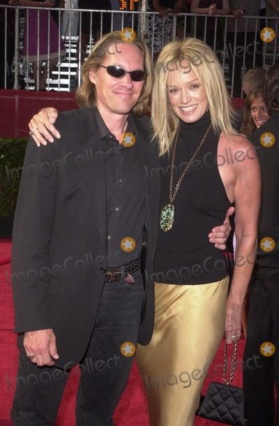Susan Anton Photo - Susan Anton and date at the ESPY Awards at the Kodak Theater Hollywood CA 07-10-02
