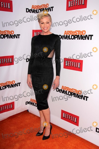 Arrested Development Photo - Portia de Rossiat the Arrested Development Los Angeles Premiere Chinese Theater Hollywood CA 04-29-13