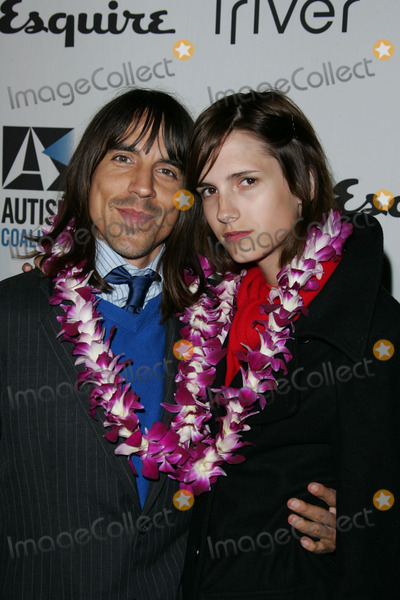 ANTHONY KEIDIS Photo - Anthony Keidis and date Heather at the Endless Summer party to benefit the Autism Coalition and Surfers Healing Esquire House Beverly Hills CA 09-30-04
