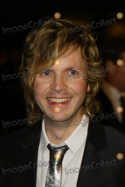 Beck Photo - Beck at the 2004 Vanity Fair Oscar After Party in Mortons Restaurant West Hollywood CA 02-29-04