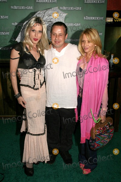 Alexis Arquette Photo - Alexis Arquette with Richmond Arquette and Rosanna Arquette at the Los Angeles Premiere of The Butlers In Love Manns Chinese 6 Hollywood CA 06-23-08