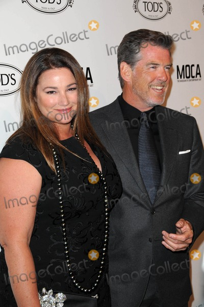 Keely Smith Photo - Keely Shaye Smith and Pierce Brosnanat the Tods Beverly Hills Boutique Opening Celebration Tods Boutique Beverly Hills CA 04-15-10