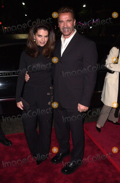 Arnold Schwarzenegger Photo -  Arnold Schwarzenegger and Maria Shriver at the premiere of Colunbia Tristars The 6th Day in Westwood 11-13-00