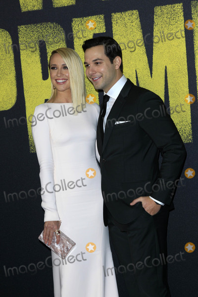 Anna Camp Photo - Anna Camp Skylar Astinat the Pitch Perfect 3 Premiere Dolby Theater Hollywood CA 12-12-17