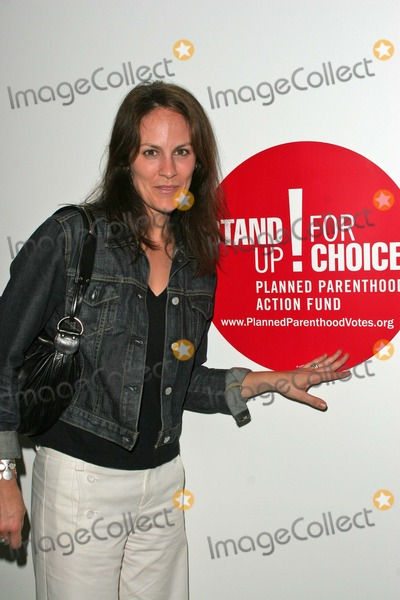 Annabeth Gish Photo - Annabeth Gish At the Planned Parenthood Los Angeles County Advocacy Project Honors Diane English  Astra West at the Pacific Design Center West Hollywood CA 10-08-04