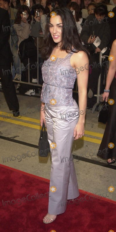 Tsianina Joelson Photo -  Tsianina Joelson at the premiere of Universals ERIN BROCKOVICH in Westwood 03-14-00