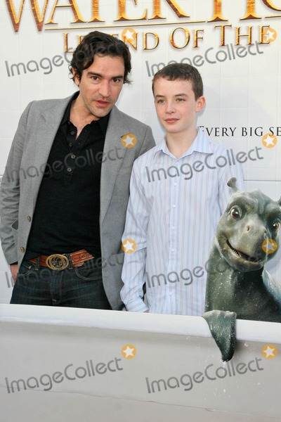 Alex Etel Photo - Ben Chaplin and Alex Etelat the Los Angeles Premiere of The Water Horse Legend of the Deep Arclight Cinerama Dome Hollywood CA 12-08-07