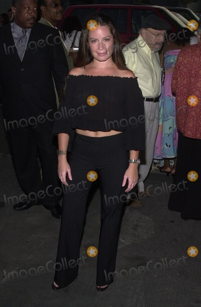 Alyssa Milano Photo - Holly Marie Combs at a photography show and auction Picturing A New South Africa Featuring work by Alyssa Milano Track 16 Gallery Bergamont Station Santa Monica CA 08-10-02