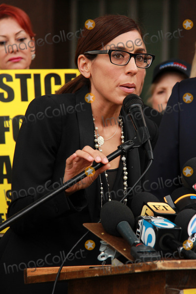 Casey Kasem Photo - Julie Kasemat Casey Kasems Family Press Conference Stanley Mosk Courthouse Los Angeles CA 01-30-15