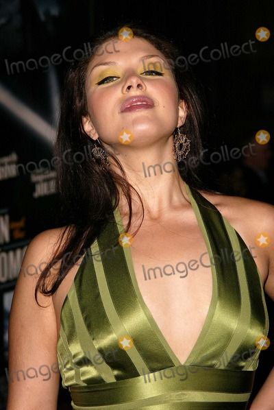 Jane Monheit Photo - Jane Monheit at the world premiere of Paramounts Sky Captain and the World of Tomorrow at the Chinese Theater Hollywood CA 09-14-04