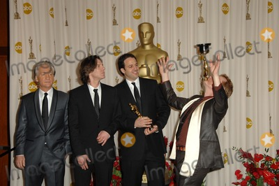 Bill Maher Photo - Bill Maher and James Marsh with Simon Chinn and Philippe Petit in the Press Room at the 81st Annual Academy Awards Kodak Theatre Hollywood CA 02-22-09