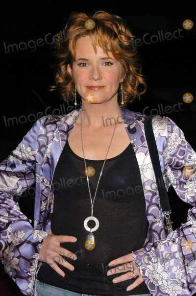 Lea Thompson Photo - Lea Thompson at the Hallmark Channel Hosts Dinner for NCTA Ebell Club Los Angeles CA 01-13-05
