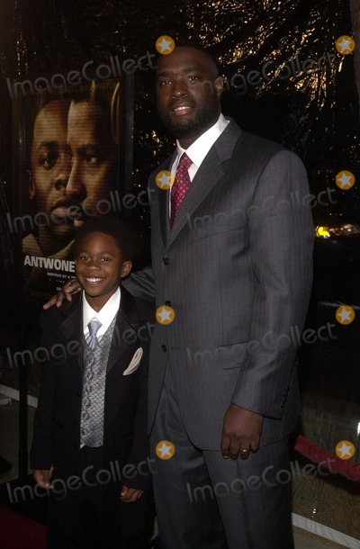 Antwone Fisher Photo - Malcolm David Kelly and Antwone Fisher at an industry screening of Fox Searchlights Antwone Fisher at the AMPAS Samuel Goldwyn Theater Beverly Hills CA 12-19-02