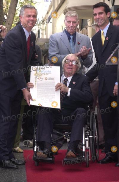 Ray Bradbury Photo - Ray Bradbury honored by the City of Los Angeles at the Star on the Walk of Fame ceremony 04-01-02