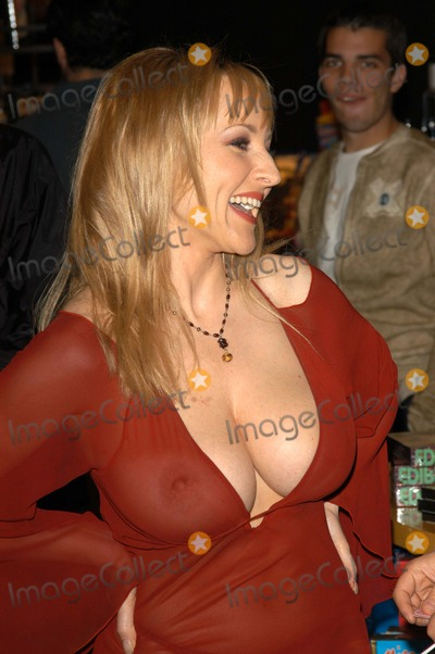 Danni Ashe Photo - Danni Ashe at Dannis In-Store appearance to promote the release of her new novelty breasts at Hustler Hollywood West Hollywood CA 03-20-03