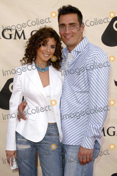 AJ DiScala Photo - Jamie-Lynn Discala and AJ Discala at the 2004 VH1 Divas Concert in the MGM Grand Hotel Las Vegas NV 04-18-04