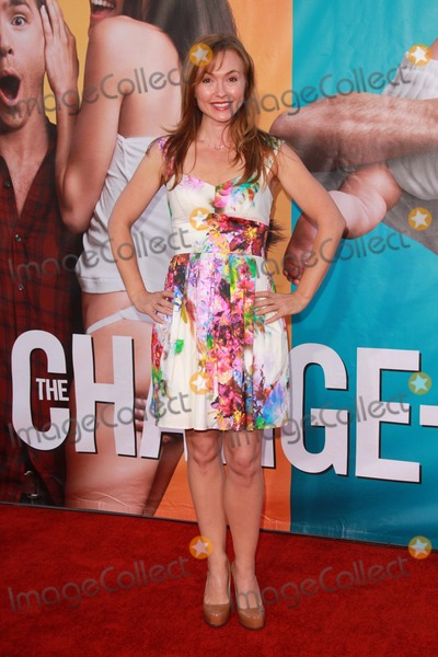 Natalie Gray Photo - Natalie Grayat The Change-Up World Premiere Village Theater Westwood CA 08-01-11