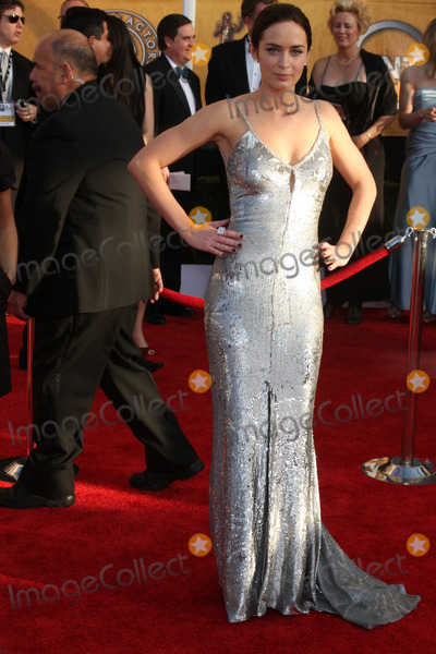 Emily Blunt Photo - Emily Blunt  arriving at the Screen Actors Guild Awards at the Shrine Auditorium in Los Angeles CA on January 25 2009