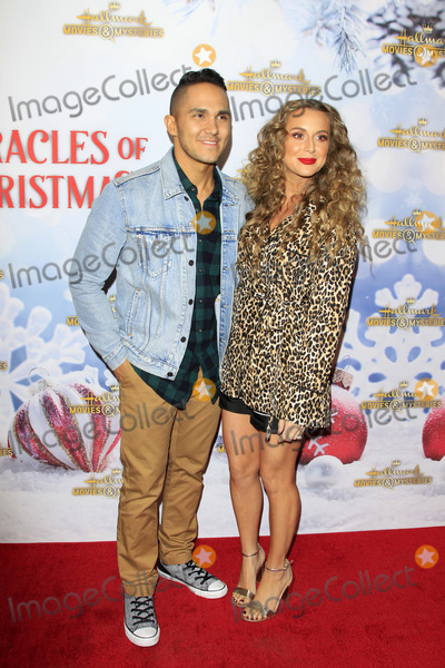 Carlos Pena Photo - LOS ANGELES - DEC 4  Carlos PenaVega Alexa PenaVega at the Once Upon A Christmas Miracle Screening and Holiday Party at the 189 by Dominique Ansel on December 4 2018 in Los Angeles CA