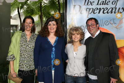 Kate Dicamillo Photo - Kate DiCamillo  Guests arriving at the World Premiere of The Tale of Despereaux at the Arclight Hollywood Theaters in Los Angeles CA December 7 2008