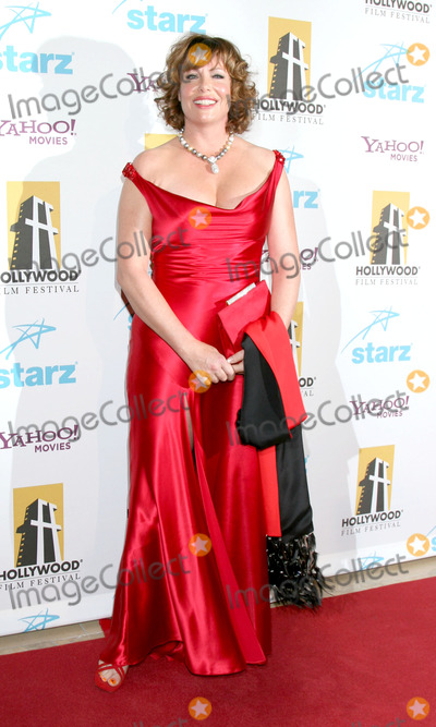 Kelly LeBrock Photo - Kelly LeBrockHollywood Film Festival 11th Annual Hollywood Awards GalaBeverly Hilton HotelBeverly Hills  CAOctober 22 2007