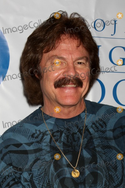 Howard Fine Photo - Tom Johnstonarriving at the  5th Annual inCONCERT To Benefit Project Angel FoodHoward Fine TheaterLos Angeles  CAOctober 17 2009