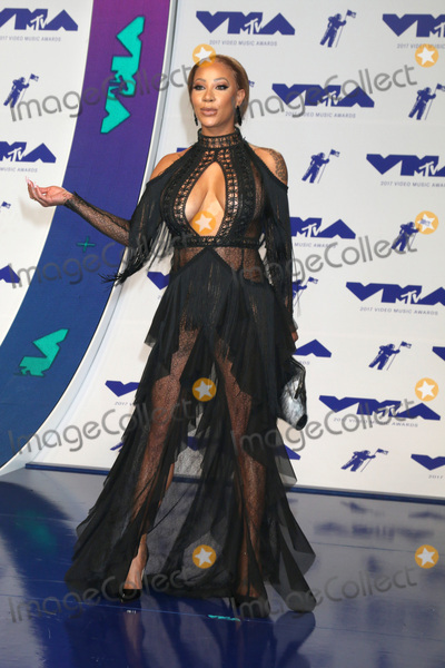 Hazel-E Photo - LOS ANGELES - AUG 27  Hazel-E at the MTV Video Music Awards 2017 at The Forum on August 27 2017 in Inglewood CA