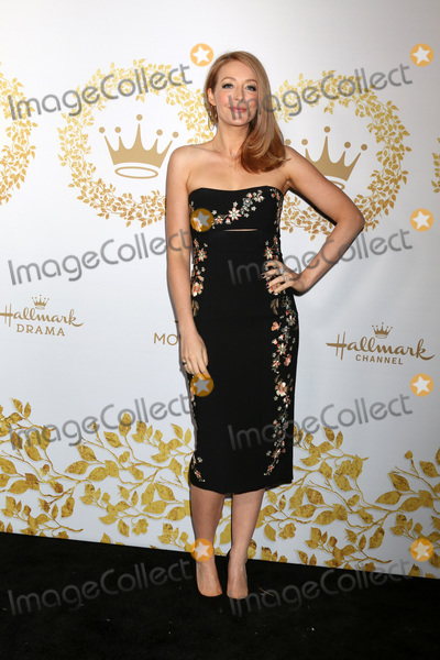 Jennifer Finnigan Photo - LOS ANGELES - FEB 9  Jennifer Finnigan at the Hallmark Winter 2019 TCA Event at the Tournament House on February 9 2019 in Pasadena CA