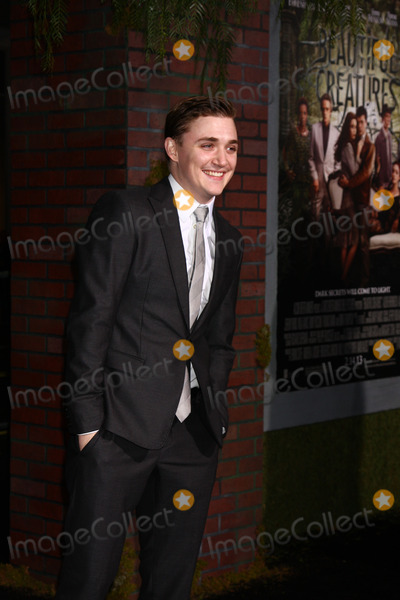 Kyle Gallner Photo - LOS ANGELES - FEB 6  Kyle Gallner arrives at the Beautiful Creatures Premiere at the TCL Chinese Theater on February 6 2013 in Los Angeles CA
