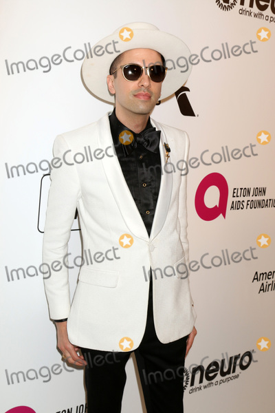 DJ Cassidy Photo - LOS ANGELES - FEB 24  DJ Cassidy at the Elton John Oscar Viewing Party on the West Hollywood Park on February 24 2019 in West Hollywood CA