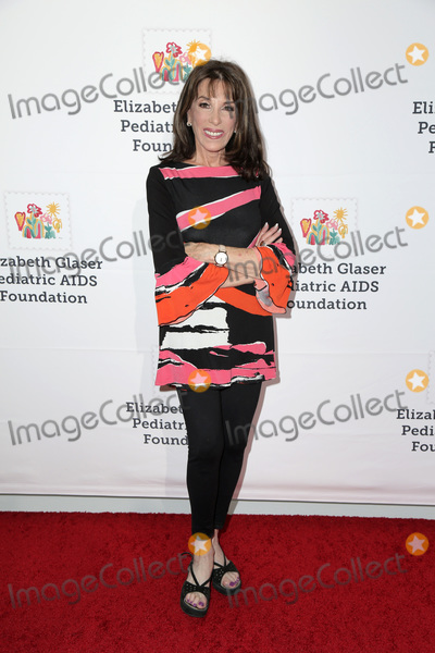 Kate Linder Photo - LOS ANGELES - OCT 28  Kate Linder at the A Time For Heroes Family Festival at the Smashbox Studios on October 28 2018 in Culver City CA