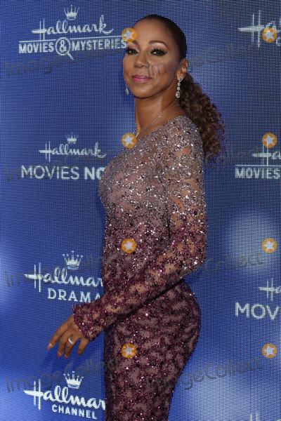 Holly Robinson-Peete Photo - LOS ANGELES - JUL 26  Holly Robinson Peete at the Hallmark Summer 2019 TCA Party at the Private Residence on July 26 2019 in Beverly Hills CA