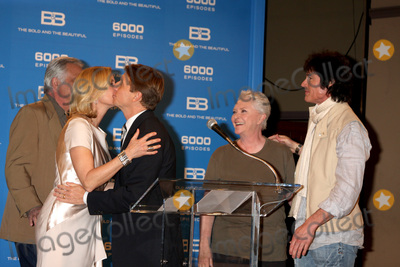 Bradley Bell Photo - LOS ANGELES - FEB 7  John McCook Katherine Kelly Lang Bradley Bell Susan FLannery Ronn Moss at the 6000th Show Celebration at The Bold  The Beautiful at CBS Television City on February 7 2011 in Los Angeles CA