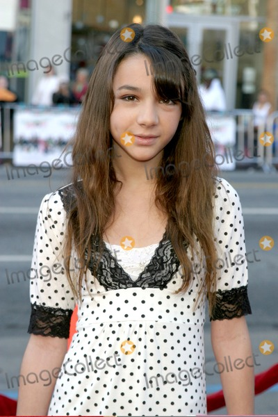"""Photos and Pictures - Quinn Shephard """"Unaccompanied Minors ...  Photos and Pict..."""