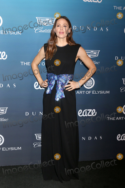 Jennifer Garner Photo - LOS ANGELES - JAN 5  Jennifer Garner at the Art of Elysium 12th Annual HEAVEN Celebration at a Private Location on January 5 2019 in Los Angeles CA